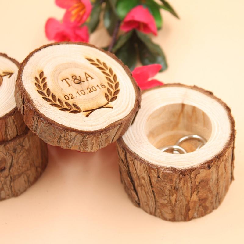 Groom Gaver - Personlig Elegant Tre Ring Boks