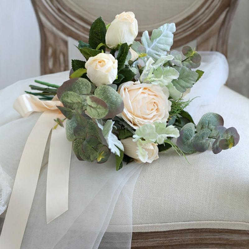 Klassisk stil Hånd Bundet Satin/Silke blomst Brudepike Buketter (som selges i et enkelt stykke) - Brudepike Buketter