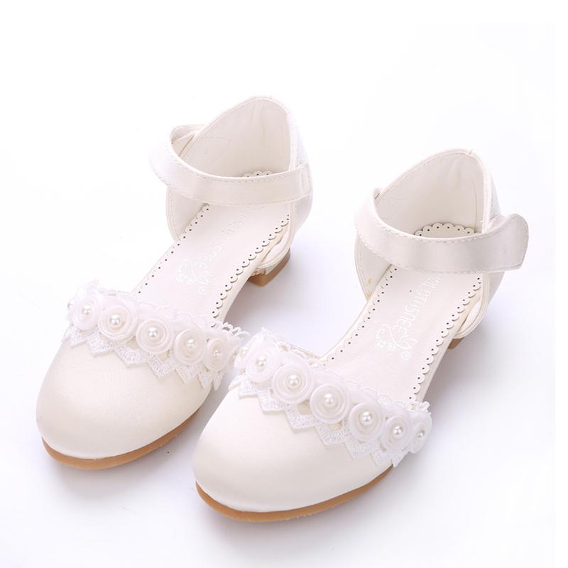 Jentas Lukket Tå Silk Som Satin lav Heel Pumps Flower Girl Shoes med Velcro Blomst