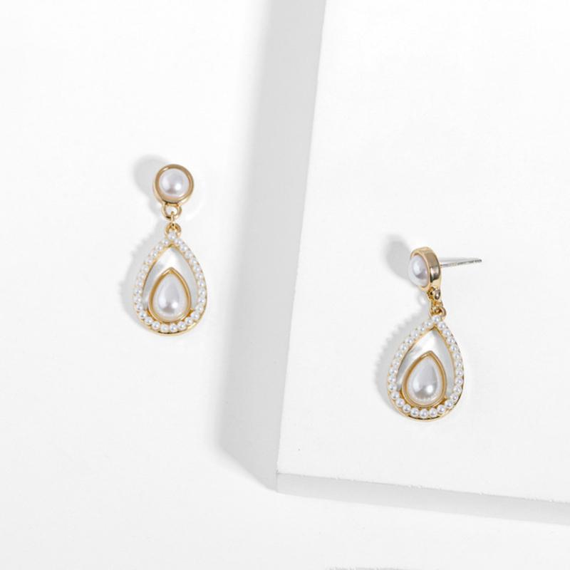 Damene ' Elegant Legering/Imitert Perle/S925 Silver Imitert Perle øredobber Henne