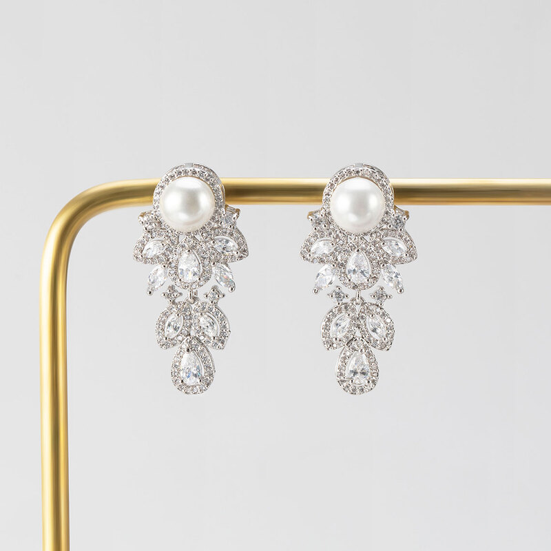 Exquisite Alloy/Zircon With Cubic Zirconia Earrings