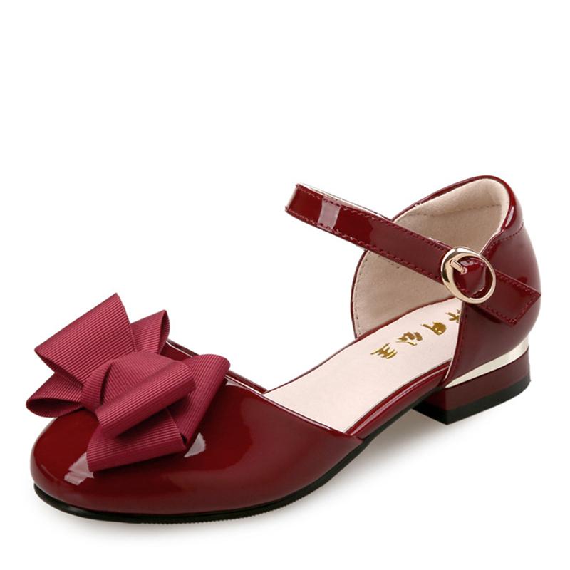 Jentas Round Toe Lukket Tå Patent lær flat Heel Sandaler Flate sko Flower Girl Shoes med Bowknot
