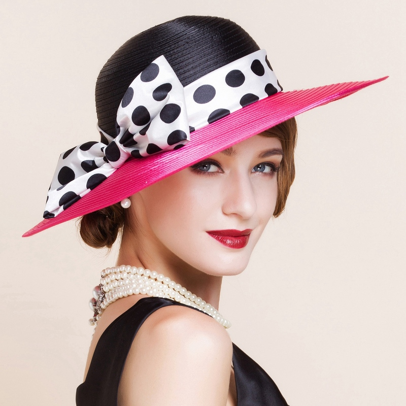 Damene ' Polyester med Bowknot Stiv / Cloche Hatt/Tea Party Hats