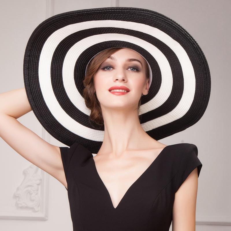 Ladies' Gorgeous Papyrus Floppy Hat/Straw Hat