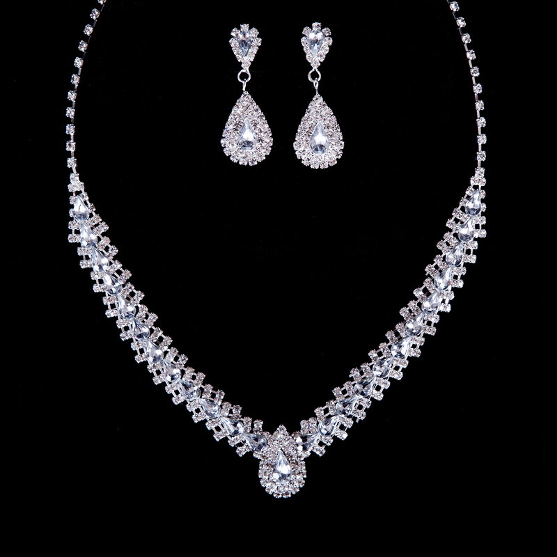 Gorgeous Alloy With Rhinestone Jewelry Sets