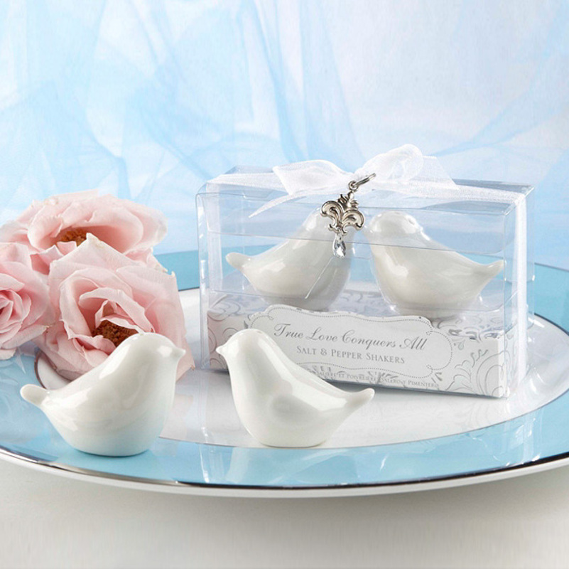 Bird Design Ceramic Salt & Pepper Shakers (Set of 2 pieces)