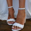 Kvinner Patentert Lær Sandaler med Blomst