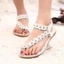 Kvinner Lær Flat Hæl Sandaler Titte Tå Slingbacks med Profilering Blomst Elastisk bånd sko