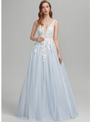 Ball-Gown/Princess V-neck Floor-Length Tulle Prom Dresses