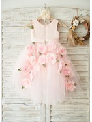 A-Line Knee-length Flower Girl Dress - Satin/Tulle Sleeveless Scoop Neck With Flower(s)