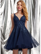 A-Line V-neck Short/Mini Tulle Prom Dresses With Lace Sequins