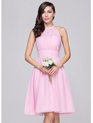 A-Line Scoop Neck Knee-Length Chiffon Bridesmaid Dress With Ruffle