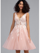 A-Line V-neck Knee-Length Tulle Homecoming Dress With Beading Sequins