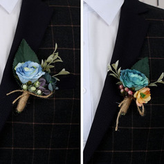 Eye-catching Free-Form Cloth Boutonniere - Boutonniere