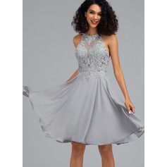 A-Line Scoop Neck Knee-Length Chiffon Homecoming Dress With Sequins (022203143)