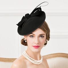 Damene ' Iøynefallende Ull med Fjær Fascinators/Tea Party Hats
