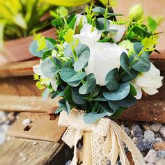 Klassisk stil Hånd Bundet Satin/Blonder/Sengetøy/Kunstige Blomster Brude Buketter/Brudepike Buketter (som selges i et enkelt stykke) - Brude Buketter/Brudepike Buketter