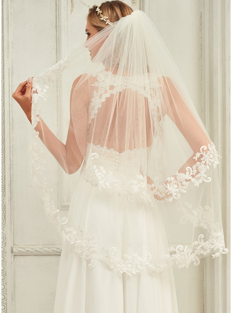 Two-tier Lace Applique Edge Elbow Bridal Veils With Lace