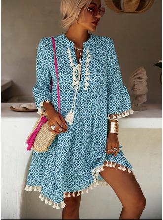 Print Tassel Shift V-Neck 3/4 Sleeves Flare Sleeve Midi Boho Casual Vacation Dresses