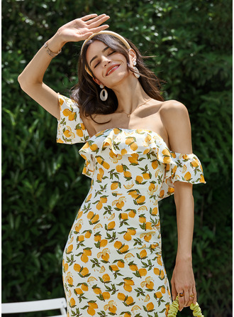 Off-the-Shoulder Short/Mini Cocktail Dress With Ruffle