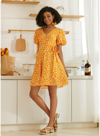 V-Neck Puff Sleeves Mini Dresses