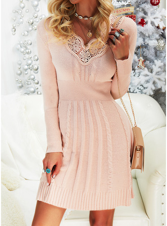 Lace Solid V-Neck Long Sleeves Casual Dresses