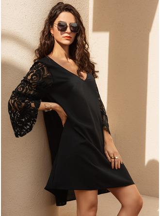 Lace Solid Shift V-Neck Long Sleeves Flare Sleeve Midi Casual Elegant Little Black Tunic Dresses