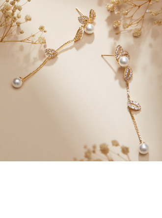 Elegant Alloy/Pearl/Rhinestones Earrings