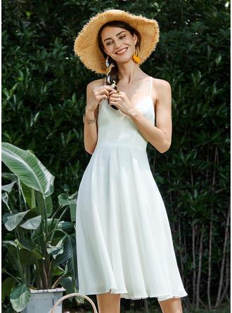 A-Line V-neck Knee-Length Homecoming Dress