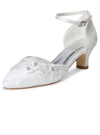 Women's Cloth Lace Low Heel Pumps With Applique