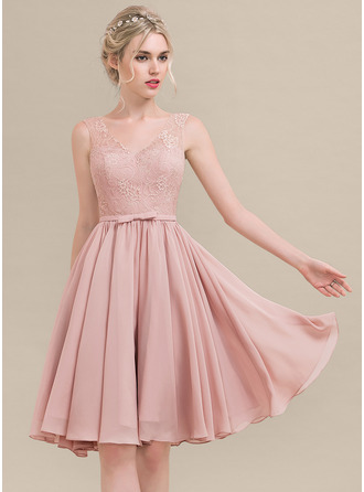 V-neck Knee-Length Chiffon Lace Bridesmaid Dress With Bow(s)