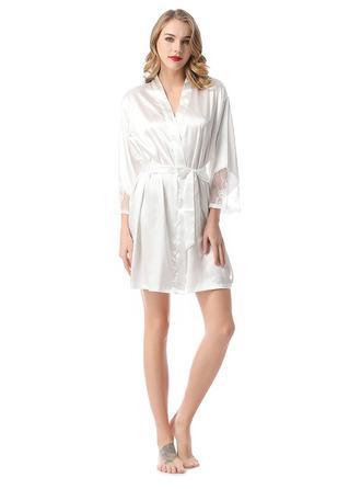 Non-personalized Polyester Bride Bridesmaid Mom Junior Bridesmaid Lace Robes