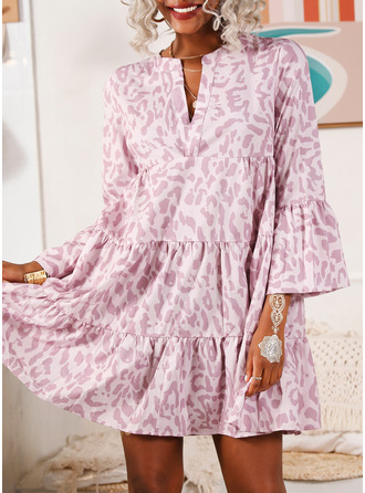 Print Shift V-Neck Long Sleeves Flare Sleeve Midi Casual Dresses