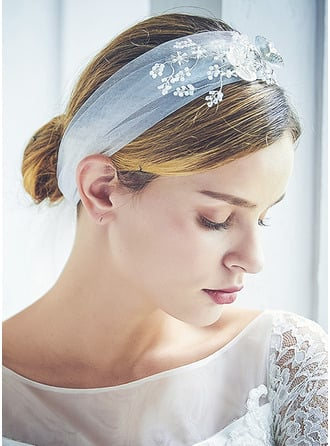 One-tier Cut Edge Chapel Bridal Veils With Beading/Rhinestones