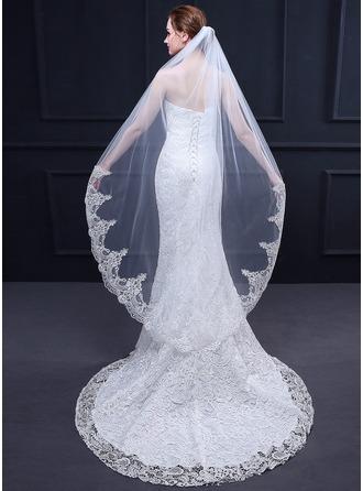 One-tier Lace Applique Edge Waltz Bridal Veils With Lace