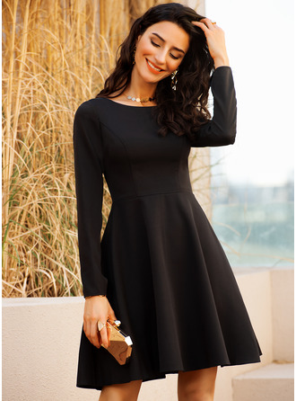 Round Neck Long Sleeves Midi Dresses