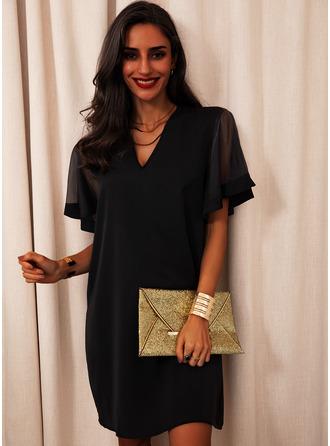 Lace Solid V-Neck Short Sleeves Midi Dresses