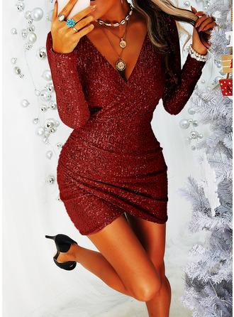Sequins Bodycon V-Neck Long Sleeves Midi Little Black Party Dresses