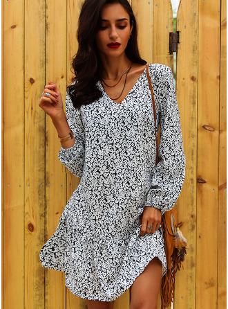 Floral Print V-Neck Long Sleeves Midi Dresses