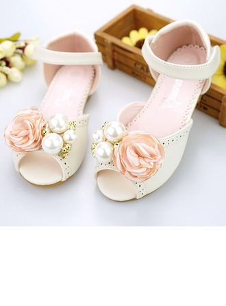 Girl's Peep Toe Microfiber Leather Flat Heel Sandals Flower Girl Shoes With Imitation Pearl Velcro Flower