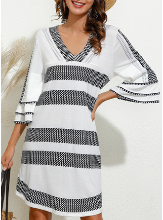 Print Shift V-Neck 3/4 Sleeves Flare Sleeve Midi Casual Tunic Dresses