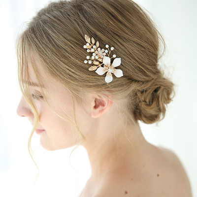 Beautiful Alloy Hairpins With Venetian Pearl (Sold in single piece)