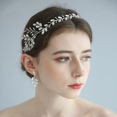Ladies Exquisite Alloy/Beads Headbands With Rhinestone