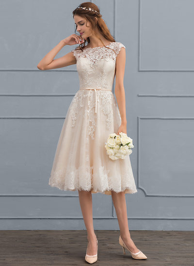 A-Line Scoop Neck Knee-Length Tulle Lace Wedding Dress With Bow(s)