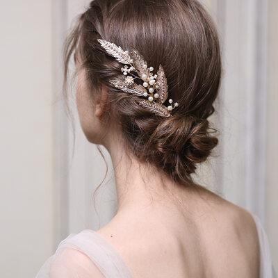 Romantic Rhinestone/Alloy/Imitation Pearls Combs & Barrettes