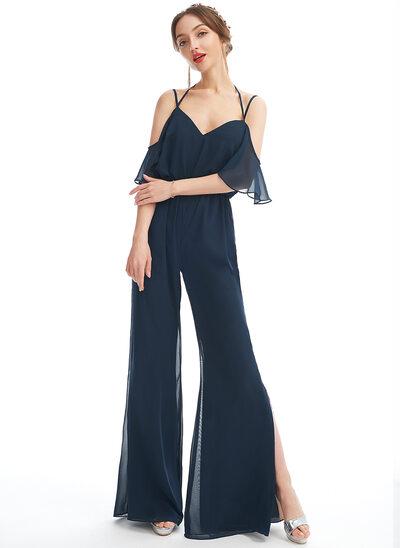 Jumpsuit / Pantsuit V-hals Gulvlengde Brudepikekjole med Frynse