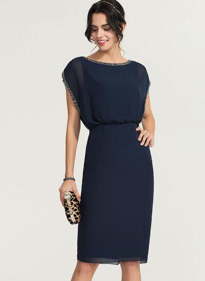 Sheath/Column Scoop Neck Knee-Length Chiffon Cocktail Dress With Beading