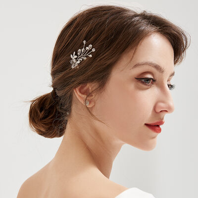 Ladies Beautiful Rhinestone/Alloy/Imitation Pearls Hairpins (Sold in single piece)