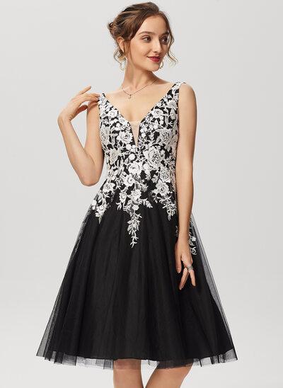 A-Line V-neck Knee-Length Tulle Lace Cocktail Dress