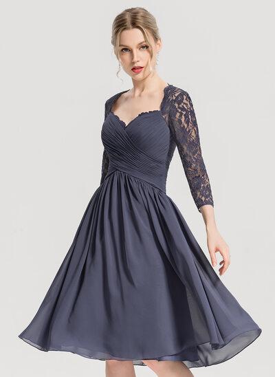 A-Line Sweetheart Knee-Length Chiffon Cocktail Dress With Ruffle